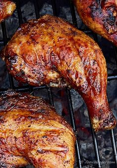 KICKIN' GRILLED CHICKEN LEGS: Super easy, super quick and lip-smacking delicious, kickin' grilled chicken legs. It takes only 5 minutes to prepare and 30 minutes to cook. Grilled Chicken Leg Quarters, Bbq Chicken Legs, Grilled Chicken Thighs, Barbecue Chicken, Grilled Chicken Recipes, Grilled Meat, Smoked Chicken Quarters, How To Grill Chicken, Grilled Chicken Seasoning