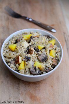 Pohanka s kysaným zelím, houbami a tofu – Greenwayfood Lunch Recipes, Vegan Recipes, Tofu, Seitan, Buckwheat, Quinoa, Vegan Vegetarian, Oatmeal, Clean Eating