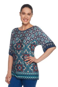 This gorgeous scoop neck top is super fun and definitely will make a statement. Latest Fashion For Women, Womens Fashion, Border Print, Tunic Tops, Trellis, Blouse, Shopping, Fall, Style