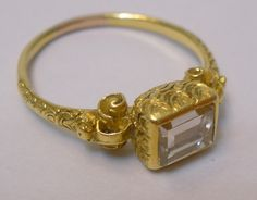 17th c. gold ring with table cut diamond