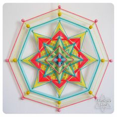 God's Eye Craft, Dream Catcher Mandala, Mandala Yarn, Gods Eye, Thread Art, Weaving Projects, String Art, Diamond Shapes, Quilling