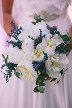 Floral Design: White Ribbon Boutique Events Coordination | Photography: George Pahountis