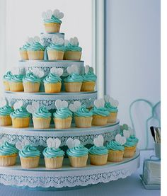 Love the color of this Wedding Cupcake Tower