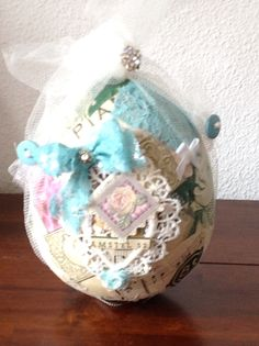 Shabby chic easter egg                                        BY SAB creations