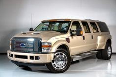 F550 XUV. Yes please <3 just a little bigger than my Axiom!
