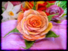 Handfelted flower