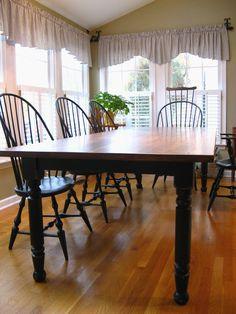 Traditional Farm Table