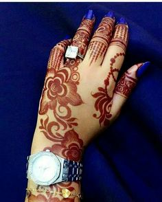 Latest Arabic Mehndi Designs 2019 Easy And New Styles For Hands Latest Arabic Mehndi Designs, Rose Mehndi Designs, Modern Mehndi Designs, Mehndi Design Pictures, Henna Designs Easy, Mehndi Designs For Fingers, Beautiful Henna Designs, Latest Mehndi Designs, Henna Tattoo Designs