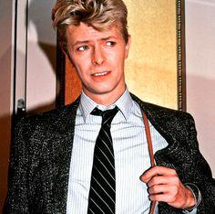 #give em the ol razzle dazzle #80s