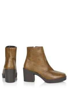 BLOSSOM High Cut Boots - Topshop