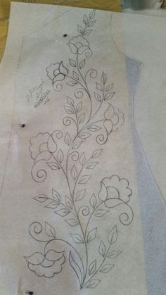 vintage crewel embroidery patternsvintage transfer patterns for embroidery Border Embroidery Designs, Crewel Embroidery Kits, Embroidery Flowers Pattern, Machine Embroidery Patterns, Vintage Embroidery, Embroidery Needles, Embroidery Ideas, Mexican Embroidery, Fabric Painting