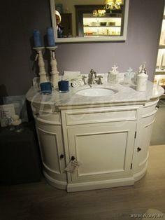 PR Interiors San Diego landelijk witte enkele wastafel in White Oak met spiegel en marmeren blad - Landelijk wit badkamermeubel 115