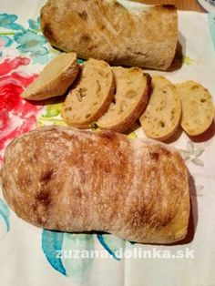 Ciabatta, Sausage, Bread, Ethnic Recipes, Food, Basket, Sausages, Brot, Essen