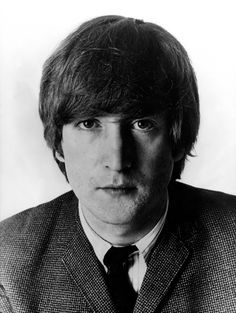 Famed singer-songwriter John Lennon founded the Beatles, a band that impacted the popular music scene like no other. Great Bands, Cool Bands, Fallout Boy, John Lennon Beatles, Beatles Art, Beatles Photos, Beatles Songs, The Fab Four, Ringo Starr