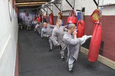 Shaolin Temple Marshal Arts, Shaolin Kung Fu, Chinese Martial Arts, Buddhist Monk, Dojo, Bruce Lee, Tai Chi, Karate, Samurai
