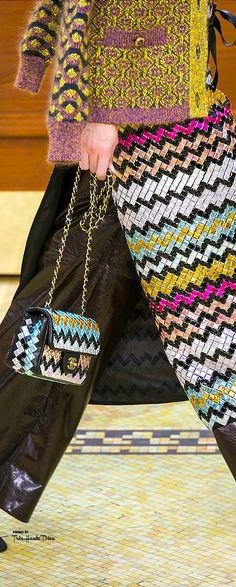 Chanel Fall 2015 RTW detail ♔THD♔