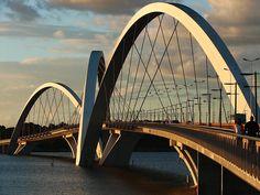 Ponte Juscelino Kubitschek, Brasília, Brasil.