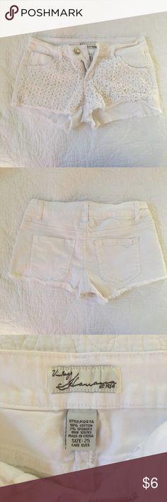 Vintage Havana crochet shorts Vintage Havana crochet white denim shorts. No flaws Vintage Havana Shorts Jean Shorts