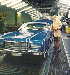 1972 Lincoln Continental assembly line in Wixom, Michigan