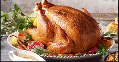Ingredients and step-by-step recipe for Classic Roasted Turkey. Find more gourmet recipes and meal ideas at The Fresh Market today! 20 Lb Turkey, Fresh Turkey, Turkey Ham, Roast Turkey Recipes, Yummy Chicken Recipes, Thanksgiving Recipes, Holiday Recipes, Family Thanksgiving, Gourmet Recipes