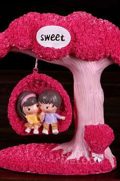Veiled Rose Resin Couples Figures Wedding Decoration BS16017 #weddingessentails #weddingdecorations #cocomelody