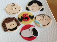 Charlie Brown and The Peanuts Gang Inspired Fondant Cupcake Cookie Toppers Iced Cookies, Cute Cookies, Yummy Cookies, Cupcake Cookies, Cookie Cakes, Snoopy Cake, Snoopy Party, Mini Tortillas, Cookie Cake Birthday