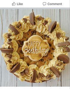 Choco Chip Cookies, Choco Chips, Chocolate Chip Cookie Cake, Iced Cookies, Big Chocolate, Cookie Cake Pie, Cookie Cake Birthday, Big Cookie, Cupcake Cookies