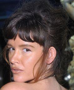 Paz de la Huerta Messy Updo wih bangs - Paz de la Huerta Hair - StyleBistro