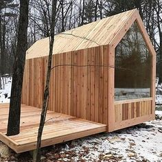 Tiny House Movement and Why it's so Popular - Rustic Design Tiny Cabins, Tiny House Cabin, Tiny House Living, Tiny House Design, Cabin Homes, Tiny Houses, Modern Cabins, Small Cabin Designs, Eco Cabin