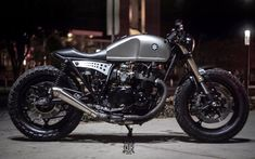 Radical Suzy Cafe racers, scramblers, street trackers, vintage bikes and much more. The best garage for special motorcycles and cafe racers. Suzuki Cafe Racer, Cafe Racer Bikes, Cafe Racer Motorcycle, Motorcycle Design, Girl Motorcycle, Motorcycle Quotes, Ducati, Xjr 1300, Cafe Racing