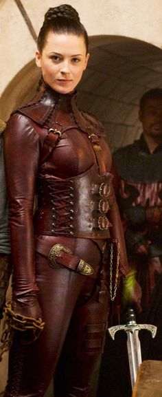 Mord Sith, love the color and basic design - TV show was horrible!, needs rework to be more like the books desribe