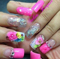 #Nail #Nails #nailsdecoration #cute #nailpolish #swrovsky #roses #nailgalon #nailglam #nailart #tumbrl #girl #girly @vaneg48 Nail Nail, Nail Polish, Nail Bling, Kawaii Nails, Mani Pedi, Nails Design, Nail Ideas, Design Art, Nailart
