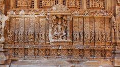 Old  Hindu  Sas  ahu  Temple  in  Rajasthan C  near  Udaipur C  India