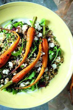Fruitige tabouleh met geroosterde wortelen en geitenkaas