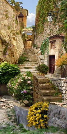 architecture old italy beautiful Nezaket Efe mikeahrens: Pretty in pink Wonderful Places, Beautiful Places, Beautiful Pictures, Places To Travel, Places To Go, Fantasy Landscape, Stairways, Belle Photo, Beautiful Landscapes