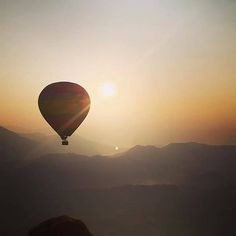An early morning start for traveller @timmo_mas on his first hot air balloon ride flying over Vang Vieng in Laos. #gadv Hotels-live.com via https://www.instagram.com/p/BBubVR4Cqqm/