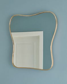 This Italian brass mirror just arrived #1950s #brass #mirror #welove #vintage #newarrivals #theapartment #theapartmentdk