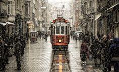 Öncesi ve Sonrasıyla bir İstiklal Caddesi Fotoğrafı | Tahir YILDIZ