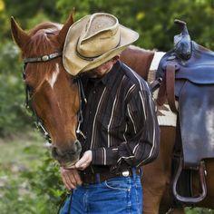 Saddle Bag Checklist  http://www.westernhorseman.com/index.php/articles/archived-articles/article/389-saddlebag-checklist.html
