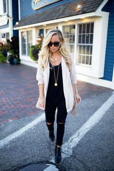 STYLE // Cozy Cardigan in Kennebunkport - Style Cusp - Style Cusp // Powered by chloédigital