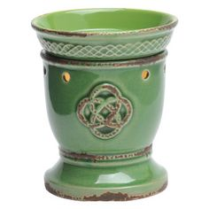 Celtic Love Knot Full-Size Scentsy Warmer PREMIUM - An embossed and distressed Celtic knot pops on an emerald green background, accented by Irish cable details around the warmer dish.
