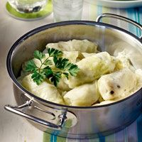 """Amateur Cook Professional Eater - Greek recipes cooked again and again: """"Lahanodolmades"""" - Classic stuffed cabbage leaves in egg/lemon sauce Greek Recipes, Desert Recipes, Wine Recipes, My Recipes, Cooking Recipes, Favorite Recipes, Lemon Sauce, Kraut, Cooking Time"""