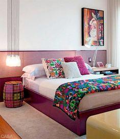O Rosa no Feng Shui representa o relacionamento. O rosa é ligado a pureza de pensamentos a felicidade e o romance para o feng shui é uma cor ideal para os quartos principalmente o de casal pois faz com que haja harmonia no relacionamento. Via pinterest. #fengshui #bagua #gua #home #homedesign #bedroom #quarto #inspiracao #interiordesign #designdeinteriores #rosa #pink by tomazamp_interiores http://discoverdmci.com