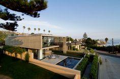 Luxurious California Residence Blurs Boundaries Of Conventional Design