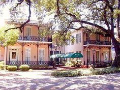 Malaga Inn - Mobile, AL.  A quaint lil inn  downtown Mobile.  Perfect location for parade goers.  Reserve your room now.