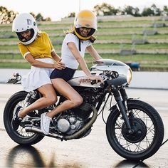 """The only thing better than a woman on a motorcycle, is two women on a motorcycle. @lanakington and @ashleighwesseling atop @patstevensonhobo's Yamaha…"""