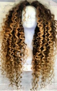 Cheap 360 Lace Frontal With Bundles Human Hair Bob Wigs For Sale Best Wigs For Black Ladies – Heay – hairtrends Long Curly Hair, Curly Hair Styles, Natural Hair Styles, Curly Wigs, Curly Lace Front Wigs, Front Lace, Beyonce Curly Hair, Curly Weaves, Thick Hair