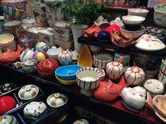 小鉢もの専門の陶器屋さん。
