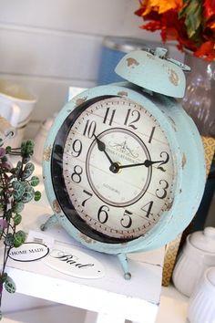 Old clocks ♡ Tick Tock Clock, Antique Clocks, Vintage Clocks, Wall Watch, Cool Clocks, Time Clock, Mid Century Modern Design, Vintage Decor, Decoration