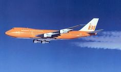 Braniff International [Airways], Boeing in a pre-delivery flight over Washington, December (Image: Braniff / Boeing) [re-reg. to Tower Air Vintage Air, Vintage Travel, 747 Airplane, Good Ol Times, Plane Photos, Boeing Aircraft, International Airlines, Civil Aviation, Commercial Aircraft